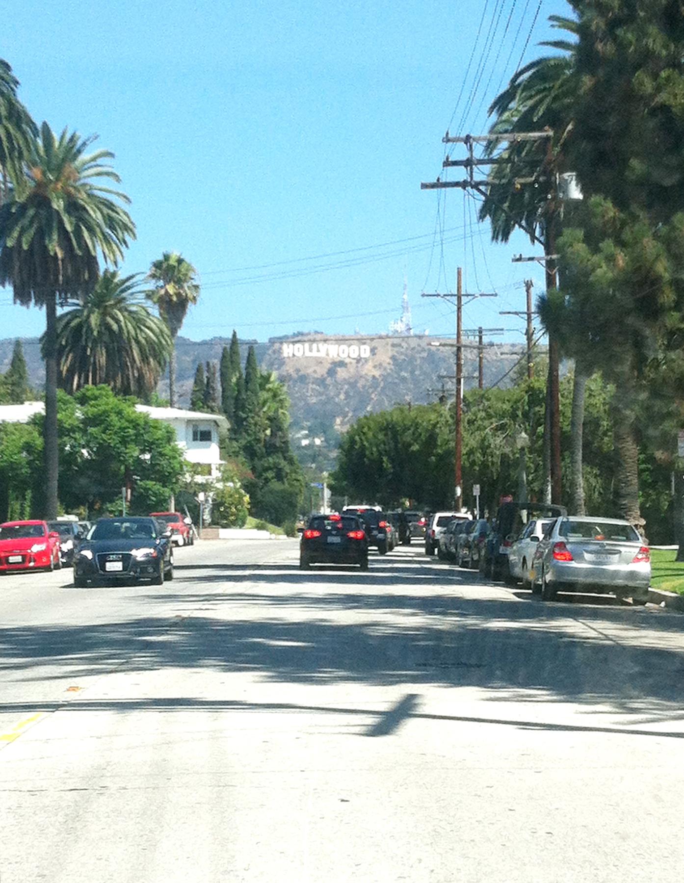 近所のビーチウッド通り。